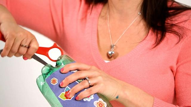 How to Make a Soda Bottle Bass, Part 1 | Musical Instruments for Kids