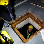 Hong Kong students' sewer escape thwarted