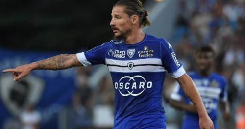 Foot - L1 - Bastia - Bastia : Mostefa et L.Coulibaly d'entrée contre Lille