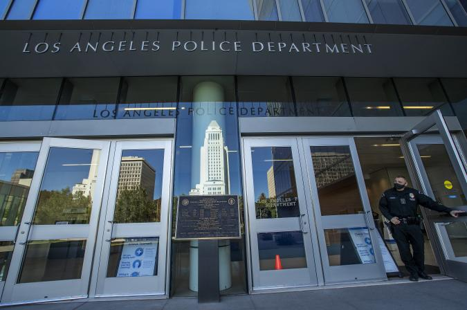 LOS ANGELES, CA - NOVEMBER 16, 2020: Photograph shows the front entrance to LAPD Headquarters on 1st St. in downtown Los Angeles. (Mel Melcon / Los Angeles Times via Getty Images)