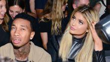 Tyga es 'demasiado pobre' para estar con Kylie, ¡eso opinan las Kardashian!