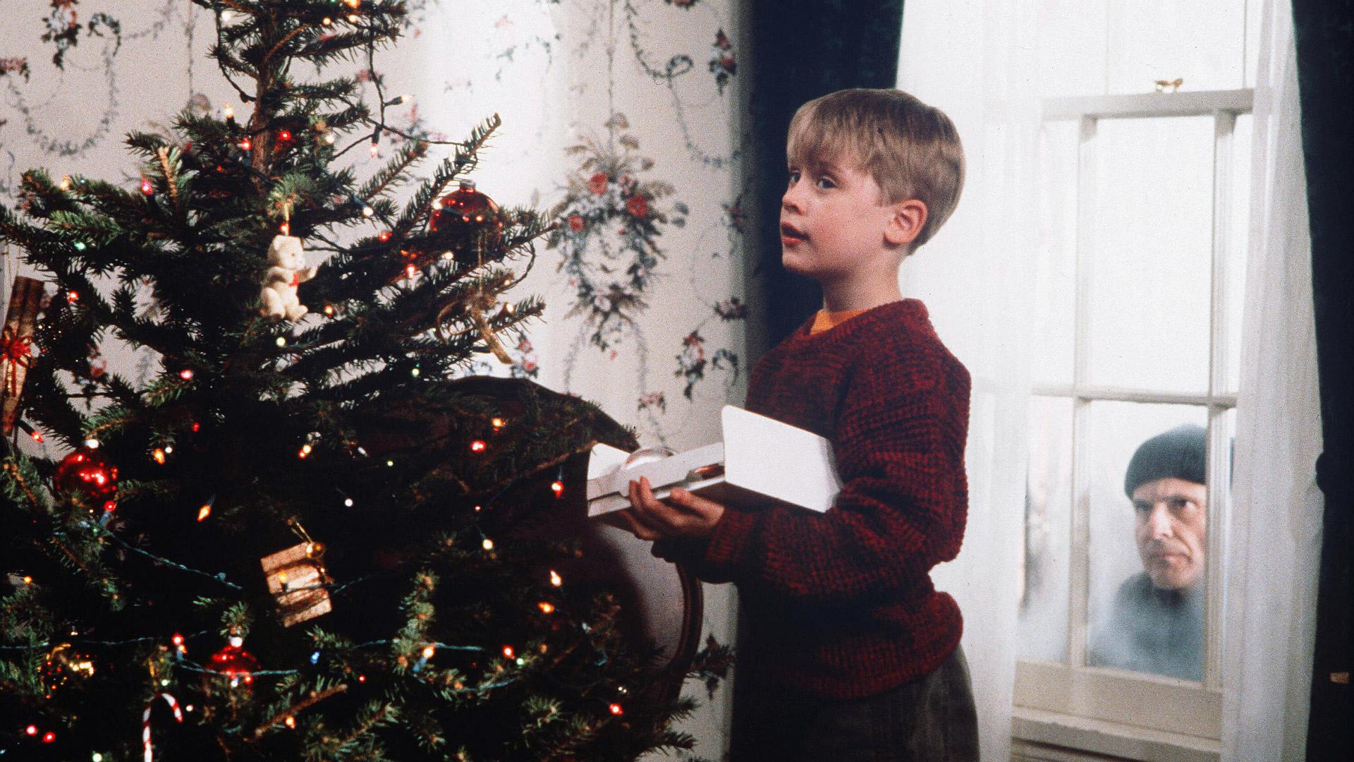 25 Top-Earning Iconic Christmas Movies of All Time
