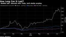 Rob Arnott Says It's 'Insanely Stupid' to Chase Market Bubbles