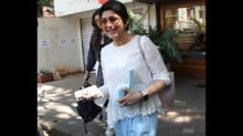 Sonali Bendre Exudes Cool Vibes With Her Colour-blocked Outfit