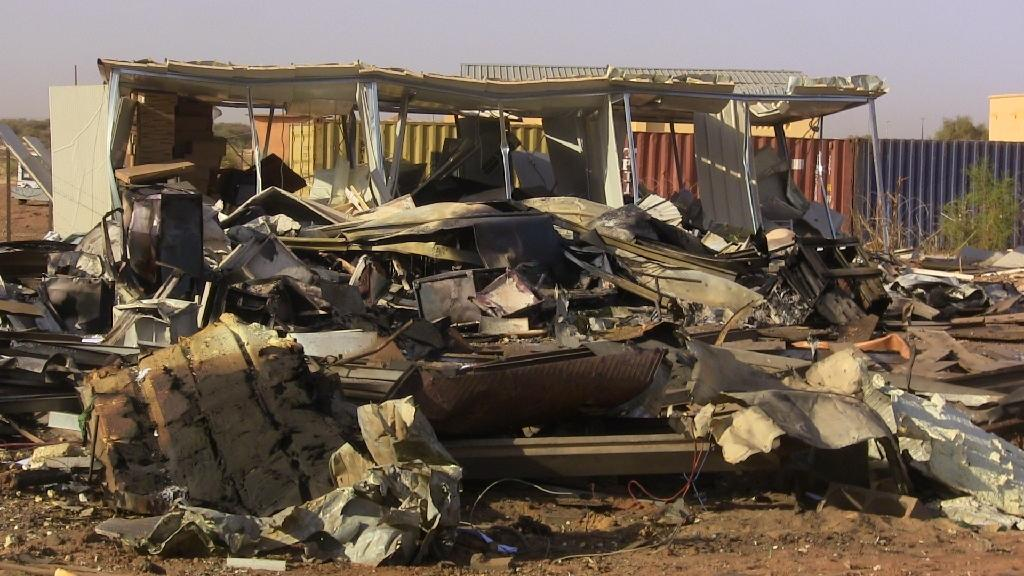 Clashes in north Mali leave one dead as Gao airport closed