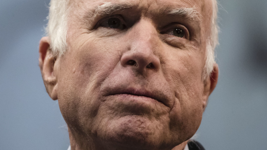 New details onMcCain's role in Trump dossier