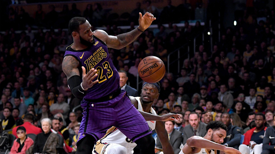 09ffa7d0f593 NBA wrap  LeBron James s triple-double helps Lakers topple Pelicans