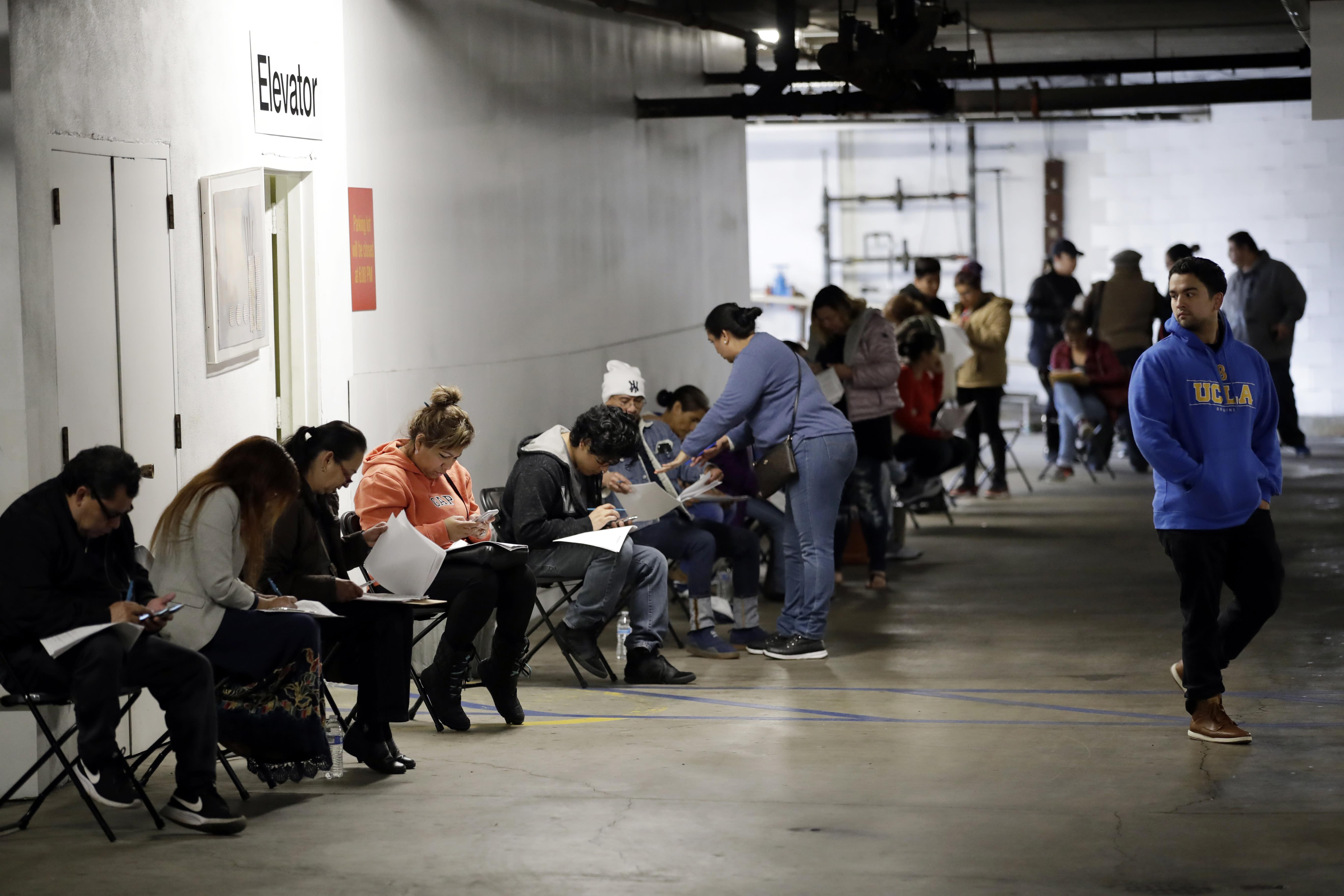 U.S. unemployment will still surge to 25% because of COVID-19 economic devastation: Goldman Sachs