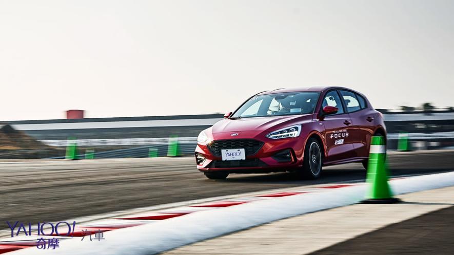 殺彎後、更清晰!Ford Focus ST-Line賽道體驗 - 9