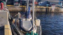 Sailors get police escort out of Makkovik after surprise landing