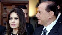 """""""Sono addolorata"""". Il messaggio di Veronica Lario a Silvio Berlusconi"""