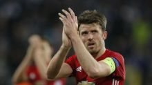 Carrick delighted with new United contract