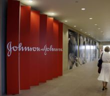 J&J, U.S. states settle hip implant claims for $120 mln