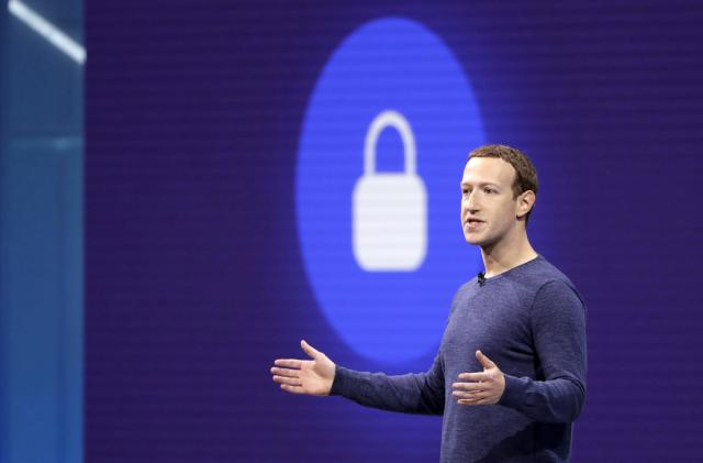 Facebook stops asking new users for email passwords