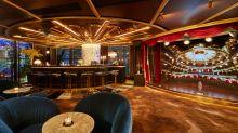 張敬軒空中酒吧The Crown 無敵夜景+超華麗舞台演唱 談心、拍拖最佳好去處