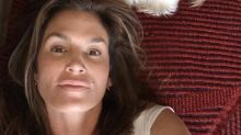Cindy Crawford, 52, shares stunning makeup-free selfie