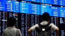 Stocks Fall, Bonds Rise on U.S. Political Turmoil: Markets Wrap