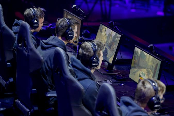 Jan 26, 2020; Minneapolis, Minnesota, USA; The New York Subliners compete against the Atlanta FaZe during the Call of Duty League Launch Weekend at The Armory. Mandatory Credit: Bruce Kluckhohn-USA TODAY Sports