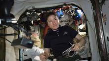 Mujer astronauta pasará 11 meses en el espacio, un récord