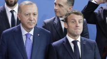 Caricatures, Libye, Haut-Karabakh... Les six dossiers qui opposent Emmanuel Macron et Recep Tayyip Erdogan