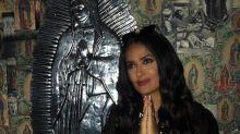 Acusan de irrespetuosa a Salma Hayek por imitar pose de la Virgen de Guadalupe