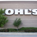Kohl's gets blasted by activist investors, again