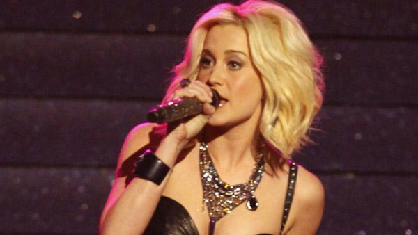 Kellie Pickler to receive honor at Raleigh event