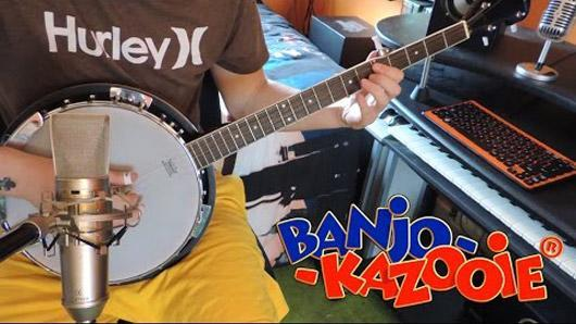 One-man band covers Banjo-Kazooie theme, all instruments included
