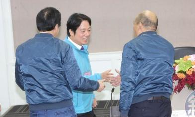 抽籤現場 韓陣營喊口號被制止