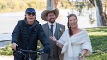 Paul McCartney photobombs a Canadian couple's wedding pictures in 'absolutely surreal' moment