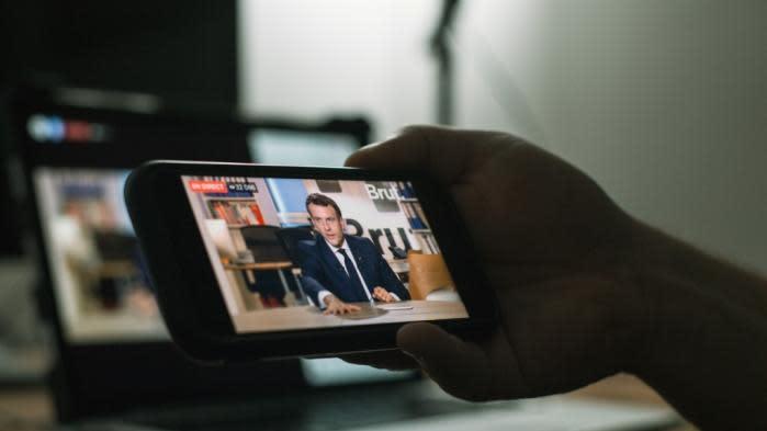 VIDEOS. Violences policières, liberté de la presse, laïcité... Les trois séquences mouvementées de l'interview d'Emmanuel Macron
