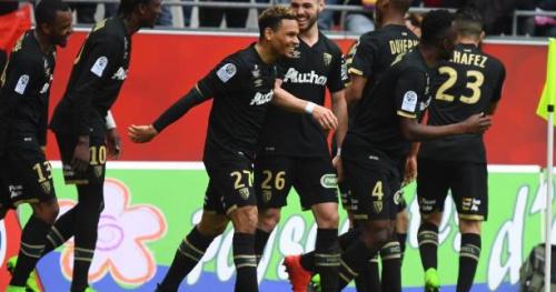 Foot - L2 - 32e j. - Ligue 2 : Lens bat l'AC Ajaccio dans un match fou et revient à un point du leader Brest