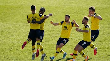 Cameron Branagan fires Oxford on road to Wembley by defeating Portsmouth in shoot-out