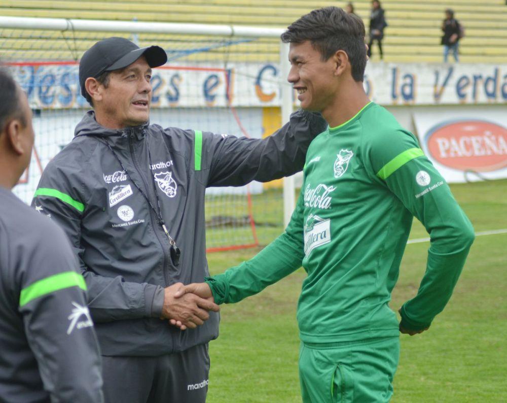 Bolivia hará debutar a medio equipo