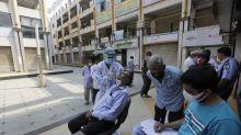 India:Suspenden pruebas con vacuna AstraZeneca contra COVID