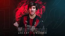 Milan anuncia a contratação do volante Sandro Tonali, ex-Brescia