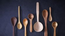 How to properly clean your wooden spoons after hack to test how dirty they are goes viral