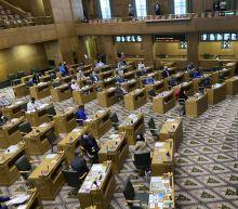 Oregon legislator is 1st-ever ousted after Statehouse breach