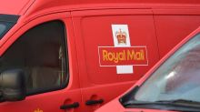 Royal Mail customers warned of 'highly convincing' courier scam