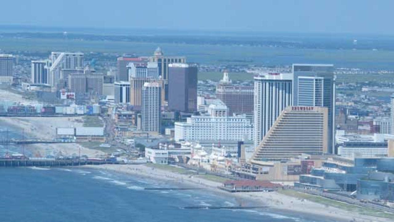 Atlantic city casinos shows phoenix hotel casino reno