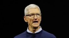 Apple's Tim Cook to teach Chicago students to code