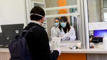 Coronavirus, tre farmaci da assumere a casa: l'idea del dottor Spagnolo