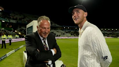 Stuart Broad targets 2019 Ashes after surpassing Sir Ian Botham's record
