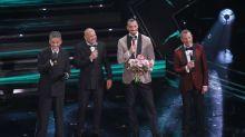 Sanremo: cover, omaggio a Dalla, ironia Zingaretti e intoppi