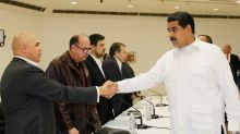Venezuela rivals seek to ease political crisis