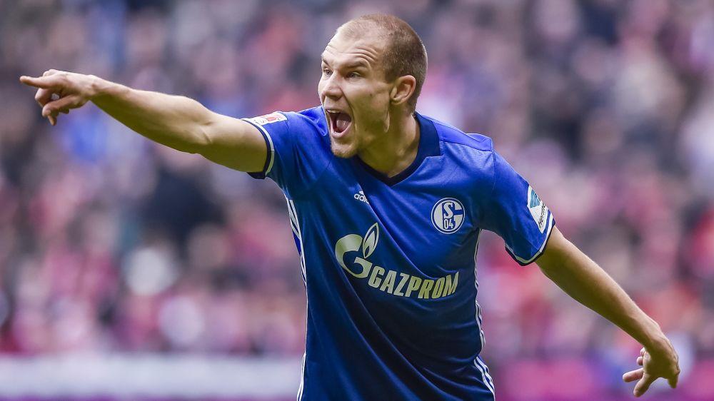 Schalke 04: Heidel kämpft um Badstuber-Verbleib