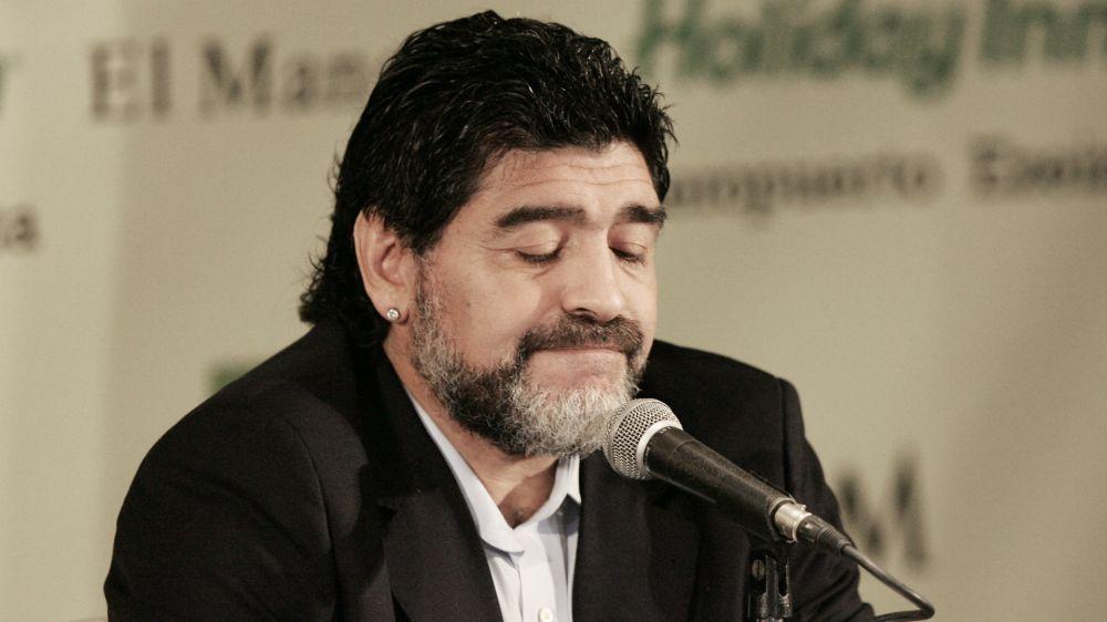 'Tre volte 10': Maradona torna in tv dal teatro San Carlo di Napoli
