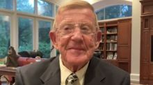 Lou Holtz reacts to calls to stop playing national anthem at sporting events
