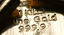 Oro cierra cerca de máximo de cinco meses por baja bursátil y del dólar
