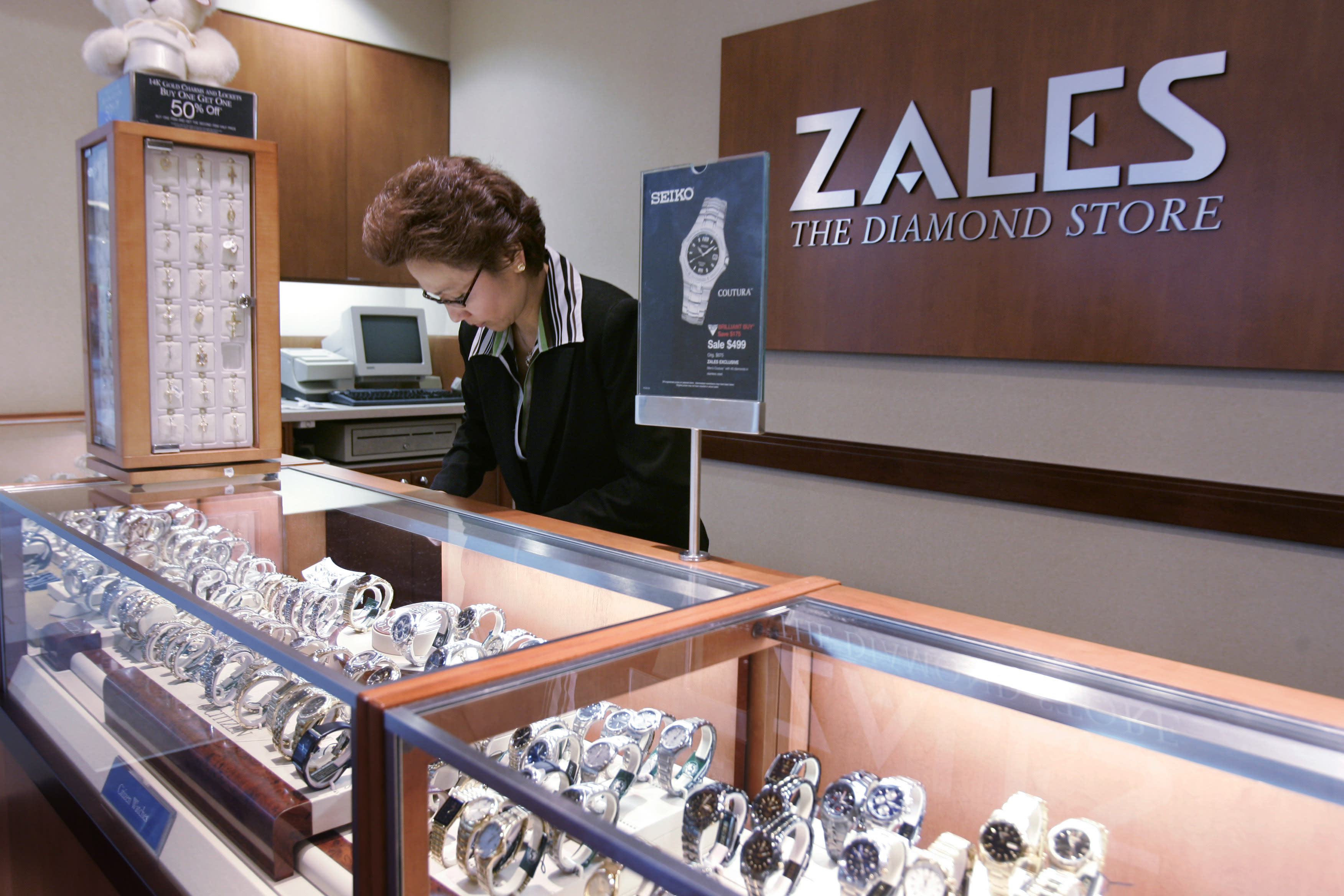 signet jewelers buying zale for about m